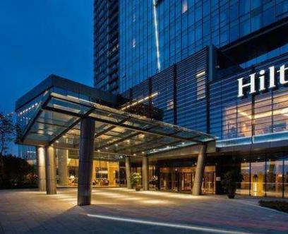 希尔顿酒店无缝墙布装饰案例
